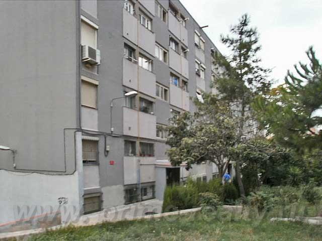 Трехкомнатная квартира в  Ciutat Meridana. Барселона