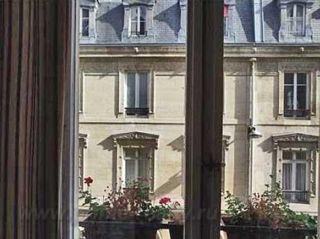Апартаменты в IX округе Парижа на Rue des Martyrs
